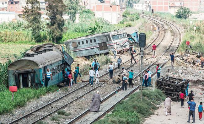 Egypt train crash toll hits 41 as drivers questioned | Arab