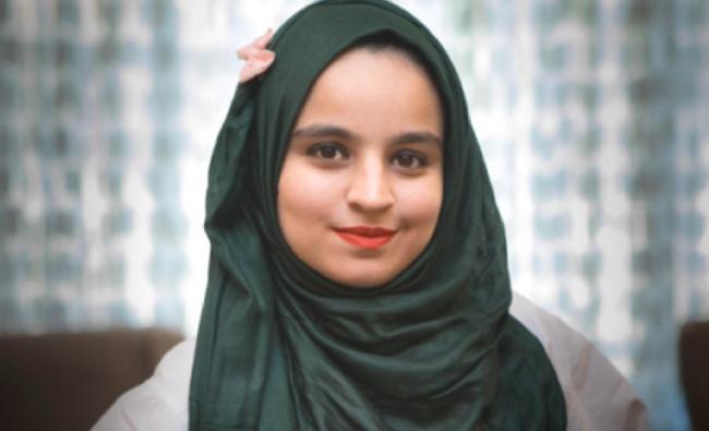 Girl pk photo  Beautiful  Girls  (40 photos) : theCHIVE