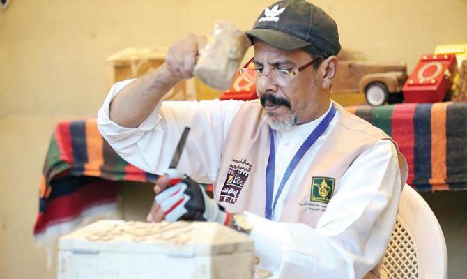 70 artisans feature handicrafts at Saudi Arabia's Souq Okaz