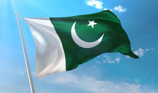 पाकिस्तान में फिल्मों के 'अश्लील' विज्ञापन पर लगाई रोक