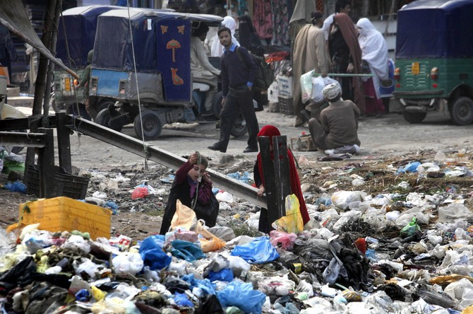 Pakistan's Peshawar city to phase out plastic bags within